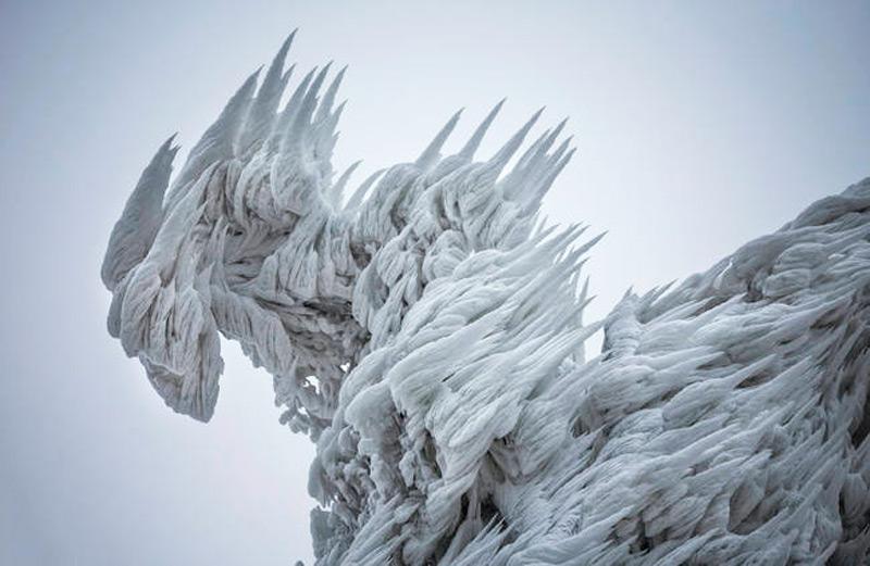 Ледяной монстр
