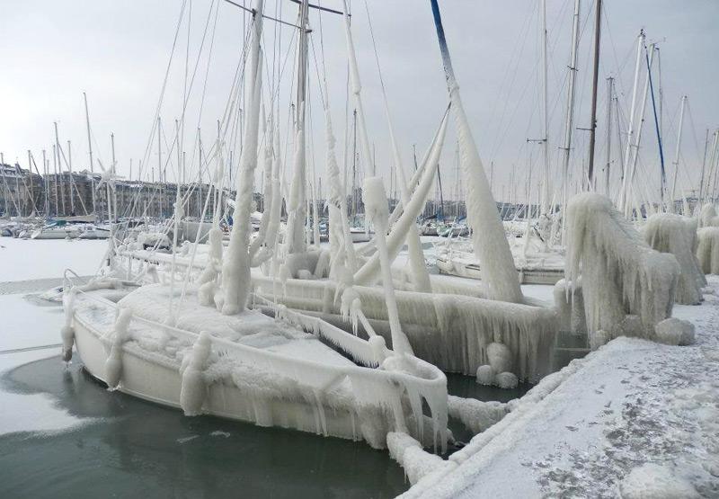 Яхты во льду