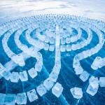 Ледяной лабиринт на Байкале