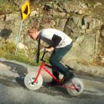Велосипед с ледяными колесами