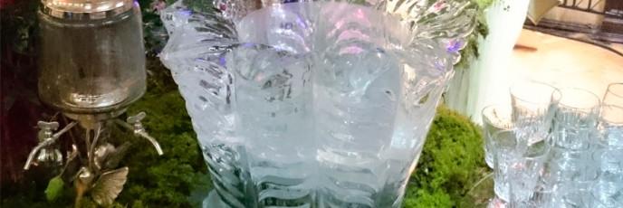 Ледяная ваза для напитков