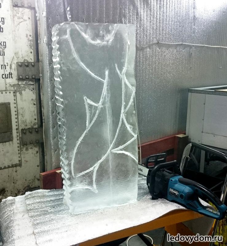 Процесс изготовления ледяной скульптуры