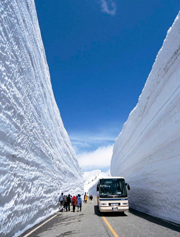 Великие снежные стены
